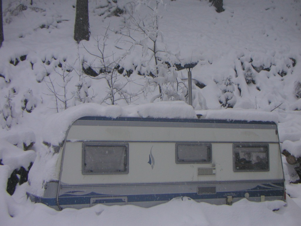 Wohnwagen im Dezember 2012
